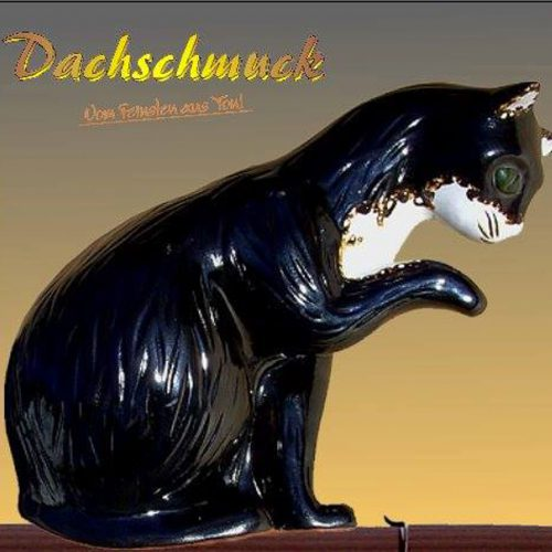 Dachschmuck-Katze